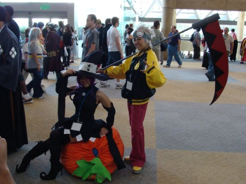 Again, omo. Again, I saw this cosplay as well. Again, I wish I had a camera at that time.
